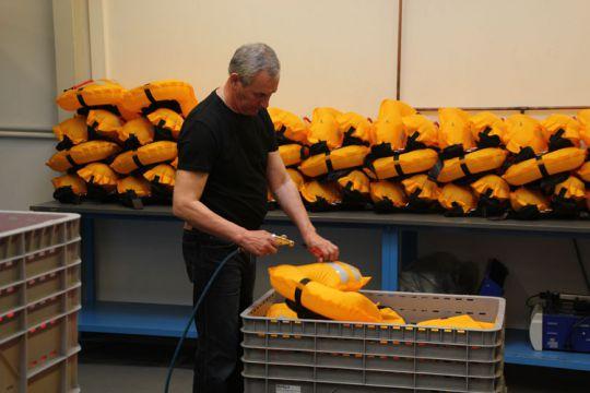 Usine de production des gilets SECUMAR