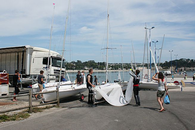Sailing schools are a good alternative to a boat licence for sailboats