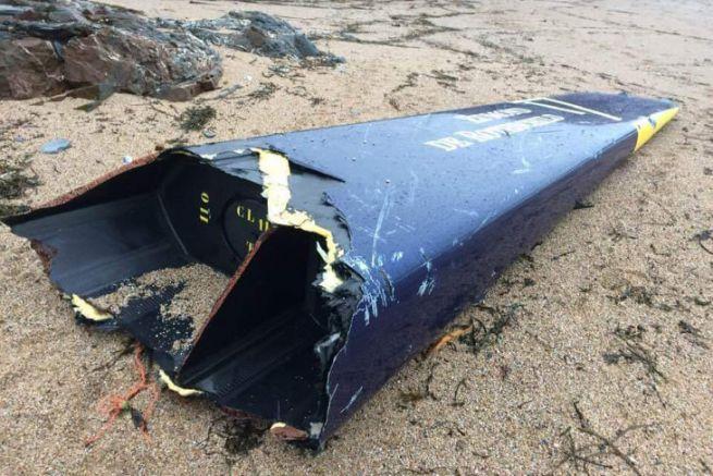 The torn bow of Gitana 17 found on a beach