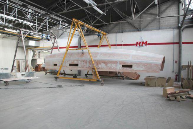 An RM sailboat in return at Fora Marine