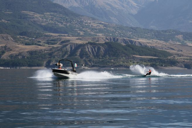 Method Boats, 1st brand of wake boats Made In France