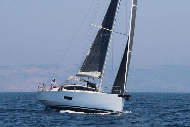 Elan sailboats change distributors in France