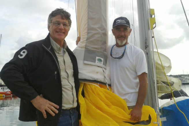 The ATN spinnaker sock is used by famous skippers such as Loïck Peyron