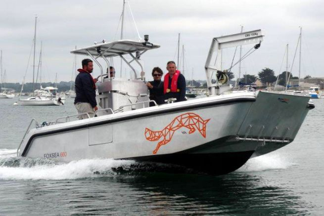 Foxy 660, shipyard's harbour service vessel Bord à Bord