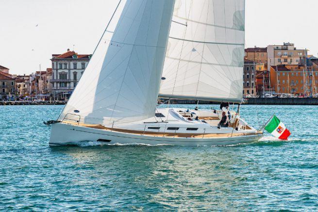 Sailboat Italia Yachts 12.98