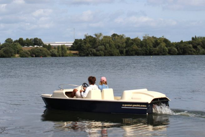 E-Pedal Yacht, an electrically assisted pedal boat