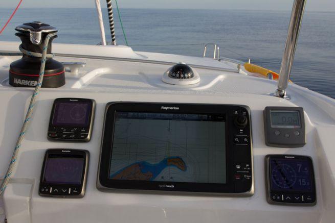 Marine electronics equipment