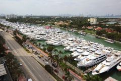 Yachts Miami Beach