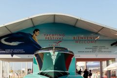 Entrance to the Cannes Yachting Festival