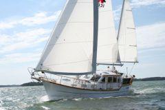 Sailboat Nauticat 331