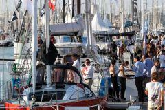 Foule sur les pontons du salon nautique du Grand Pavois