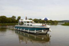Bateau fluvial Octo de Nicols qui équipera la flotte hongroise