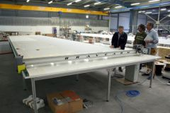Cutting table at VMG Soromap