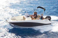 Quicksilver tackles boat rental in France