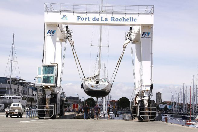 Boat lift of the La Rochelle nautical platform
