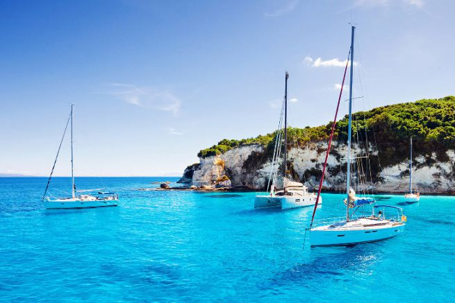 Sailing yacht charter is very concerned by collaborative yachting