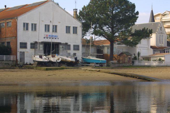 Concession of the maritime public domain