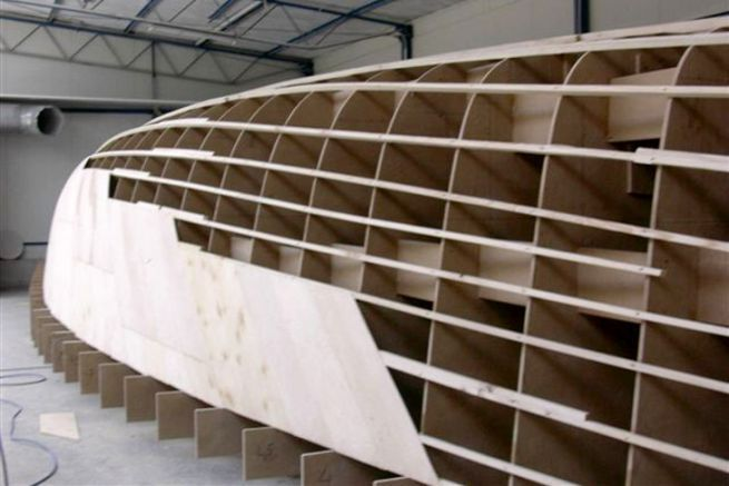 Sailboat mould in manufacture