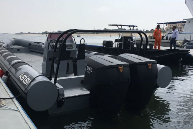 Diesel outboard engine Oxe