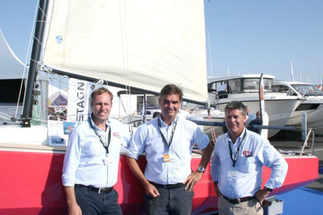 Christophe Chancerelle (centre) and the Marine Composite sales team in front of the Bihan 6.50