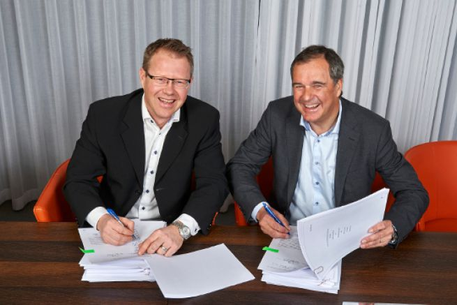 Signature of the Volvo Humphree agreement