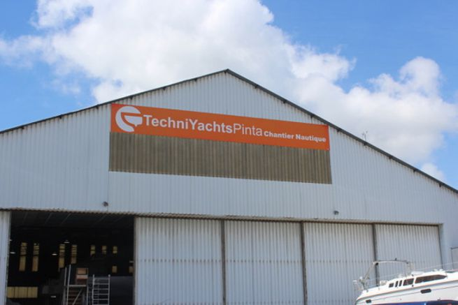 TechniYachts Pinta passes under the colors of Neel Trimarans