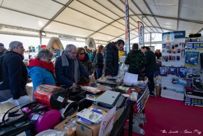 Destocking and deck fittings space at the Mille Sabords boat show in Crouesty